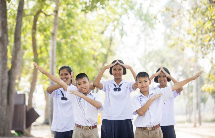 """""""มูลนิธิยุวพัฒน์"""" ก้าวของการช่วยเด็กด้อยโอกาส สู่ผลลัพธ์ทางสังคมที่ยั่งยืน"""